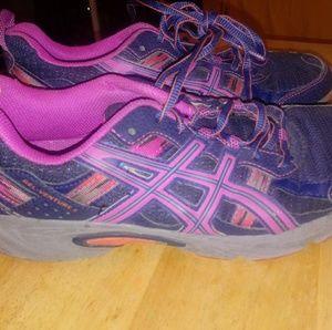 ASICS Gel-Venture 5 Athletic Shoes